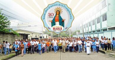 15 años más a Radio La Voz de María