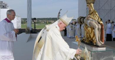 34º Viaje Internacional del Papa Francisco a Budapest y Eslovaquia